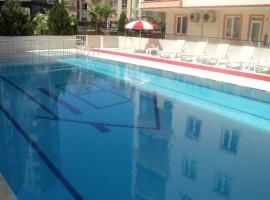 Сдается двухкомнатная квартира с бассейном